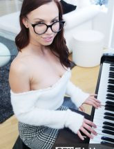 Aidra Fox stepsister glasses