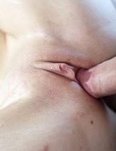 Alli Rae shaved pussy