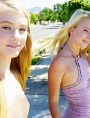 Riley Star & Hannah Hays blonde girls